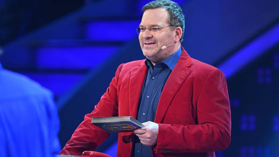 Schlag Den Star So Reagiert Elton Auf Wutende Zuschauer