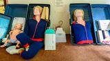 An dieser Puppe soll eigentlich Erste-Hilfe erlernt werden.