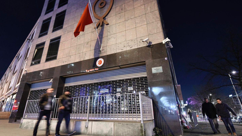 Niederlande: Das türkische Konsulat in Rotterdam.