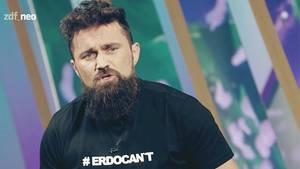 "Ünsal Arik zu Gast bei Jan Böhmermann im ""Neo Magazin Royale"""