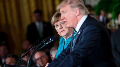 Kanzlerin Angela Merkel hat die erste gemeinsame Pressekonferenz mit Donald Trump überstanden.