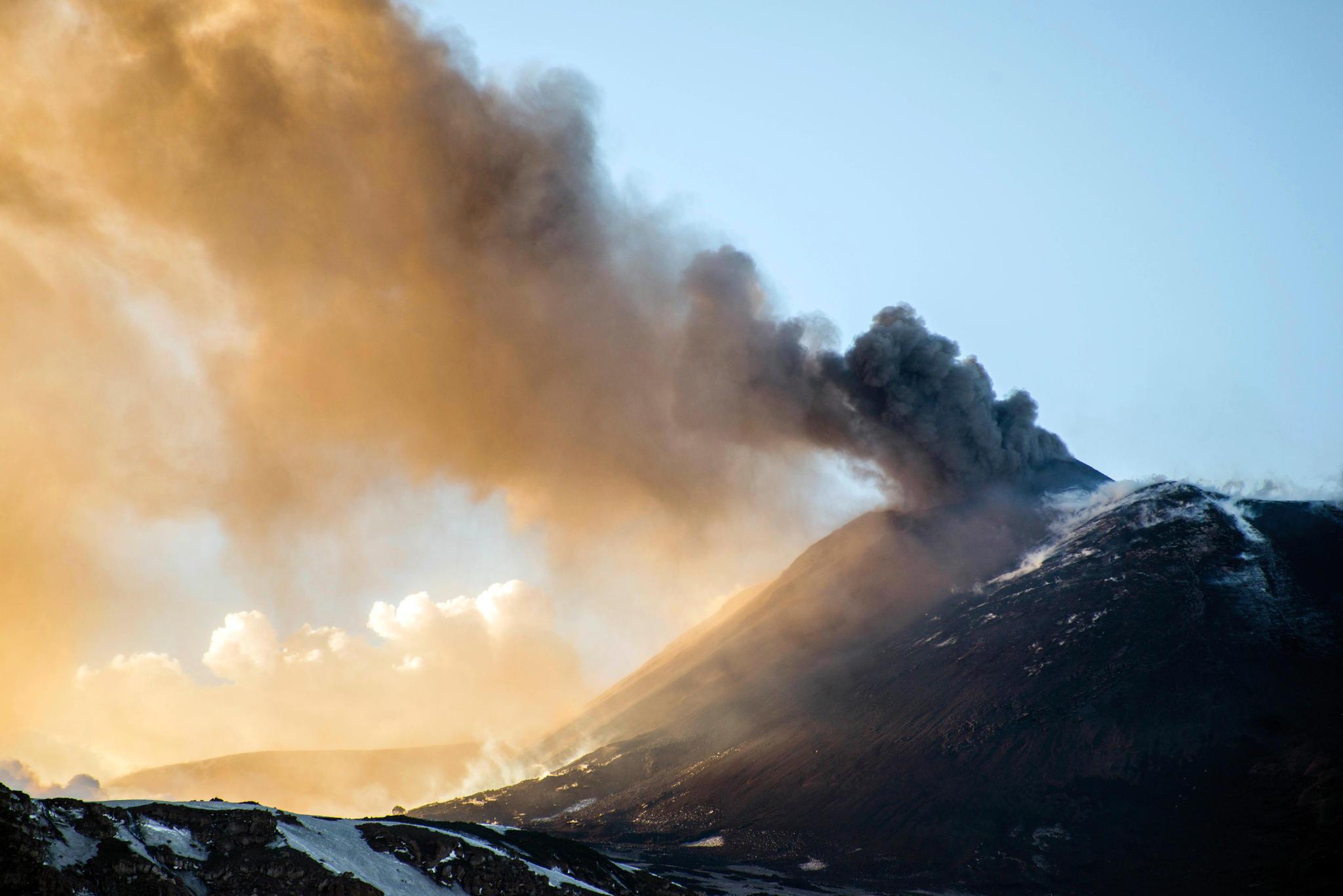 Vulkanausbruch Auf Sizilien