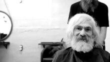 Obdachloser Mallorca Friseur Hipster