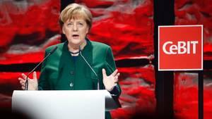 Angela Merkel hat die CeBIT in Hannover offiziell eröffnet