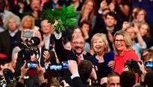 Martin Schulz lässt sich feiern