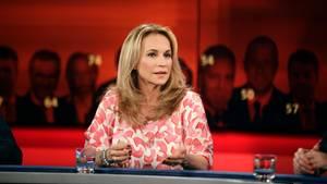 """War zu Gast bei """"Hart aber fair"""": Caroline Beil (50) sprach über ihre späte Schwangerschaft"""