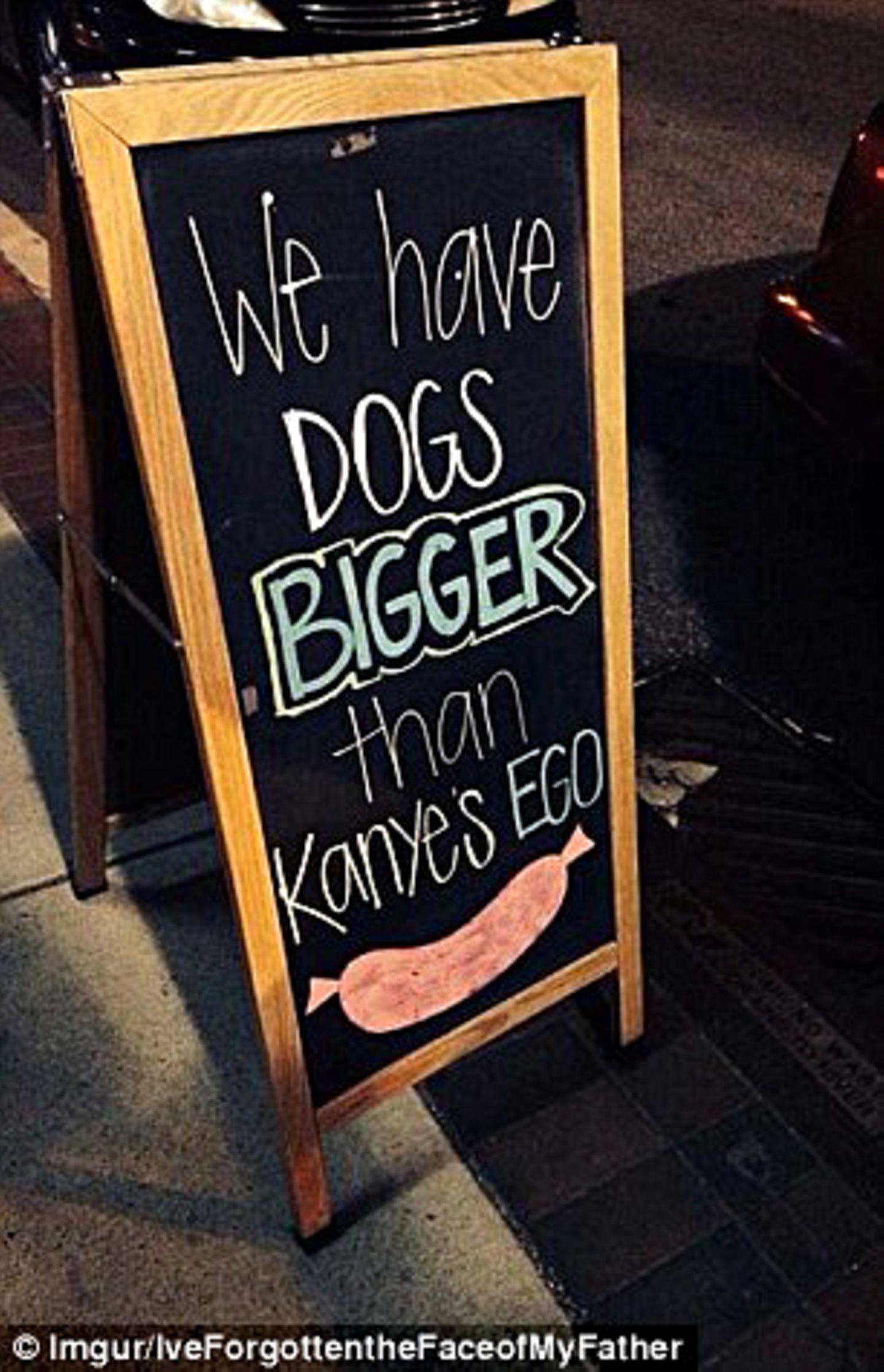 Hier gibt es Hot Dogs, die größer als Kanyes (West) Ego sind.