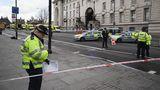 Scotland Yard geht von zwei Terroranschlägen aus. Ob sie zusammenhängen, ist noch unklar.