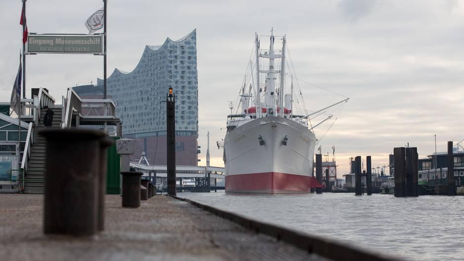Leiche im Hamburger Hafen gefunden