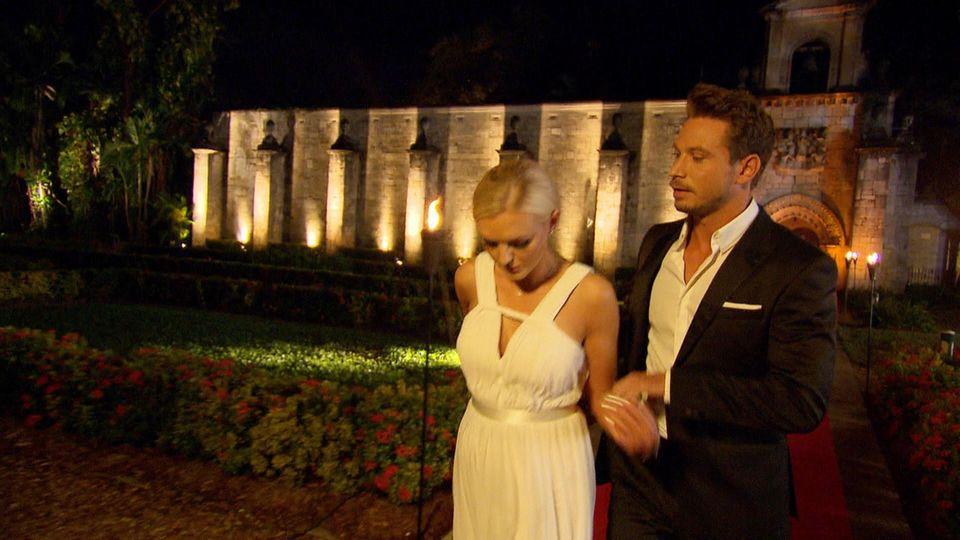 Der Bachelor und Kandidatin Erika im Finale