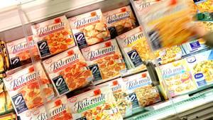 Tiefkühlpizza im Supermarkt