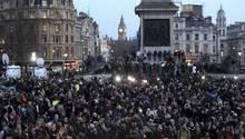 Tausende menschen gedachten in London der Opfer des Anschlags vom Mittwoch