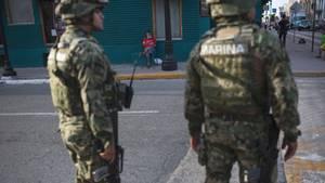 Mexikanische Marines patrouillieren in einem Stadtzentrum in Tamaulipas (Archivbild)