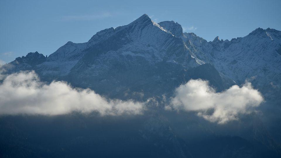 Das Wettersteingebirge (Archivbild) liegt zwischen Garmisch-Partenkirchen und Seefeld in Tirol an der deutsch-österreichischen Grenze