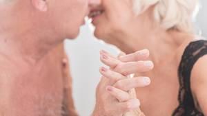 Laut einer Umfrage haben rund 60 Prozent der 75-Jährigen regelmäßig Lust auf Sex