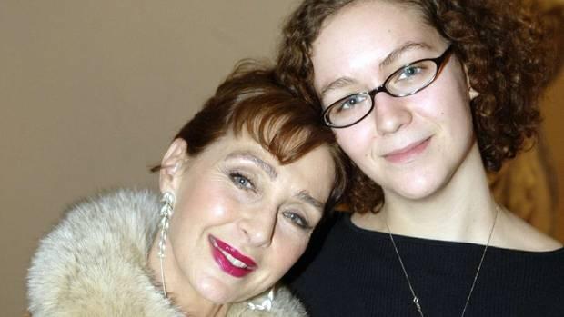 Christine Kaufmann mit ihrer Enkelin Dido