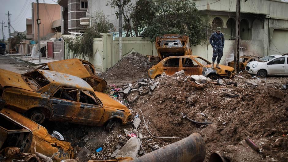 Kampf um Mossul: Auch Zivilisten kommen bei den Bombenangriffen immer wieder ums Leben