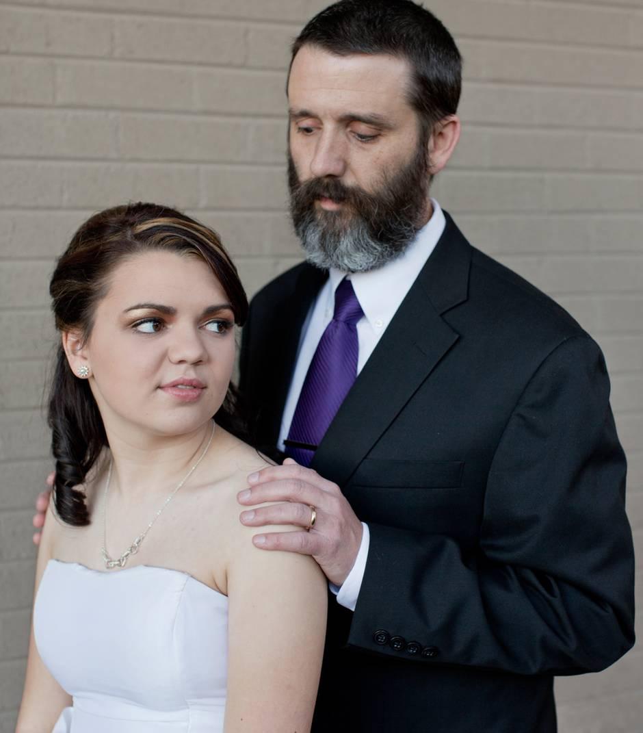 Beachump Powers zusammen mit seiner Tochter Hannah