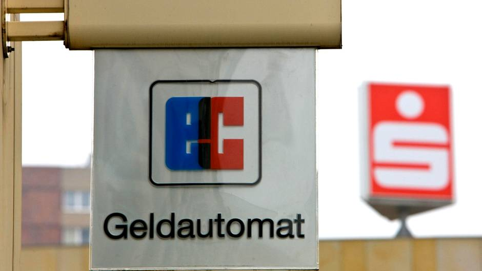Sparkasse Geld Abheben Am Geldautomaten Kostet Jetzt Sternde