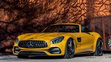 Traumwagen oben ohne: Mercedes-AMG präsentiert den GT als Roadster mit einem knappen Blechkleid zum Dahinschmelzen.