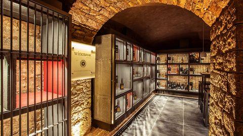 wineBANK Frankfurt  Eröffnet: Mai 2016  Anzahl Fächer: 277  Anzahl begehbarer Keller: 4  Mitgliedschaft ab: 99,- EUR/Monat  Auslastung aktuell: knapp 40 %