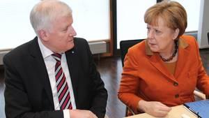 Sie mögen sich, sie mögen sich nicht, sie mögen sich: Horst Seehofer und Angela Merkel.