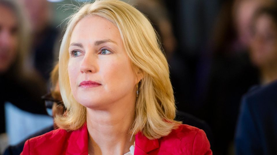 Porträt der SPD-Politikerin Manuela Schwesig