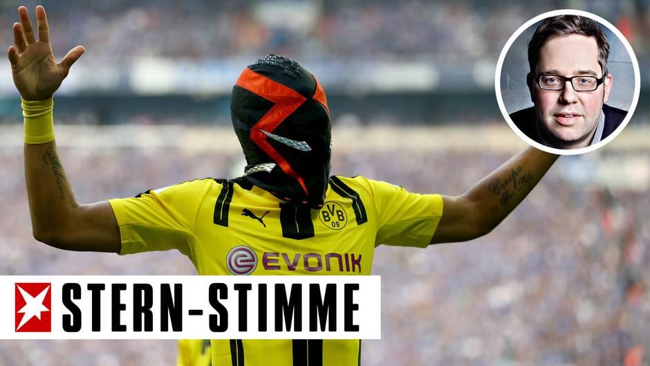 Pierre-Emerick Aubameyang vom BVB jubelte nach seinem Treffer im Revierderby mit einer Maske seines Sponsors