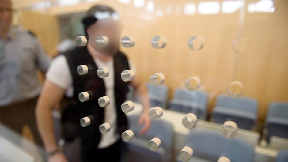 Der Angeklagte Marco G. im Gerichtssaal: Er wurde zur lebenslanger haft verurteilt.
