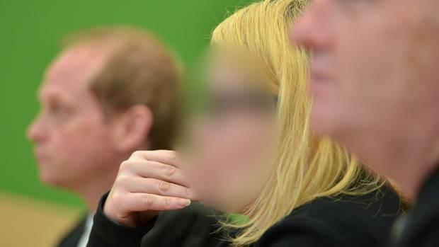 Die Angeklagte Sarah D. im Landgericht Trier
