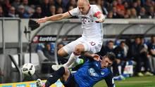 Steven Zuber unterliegt Arjen Robben
