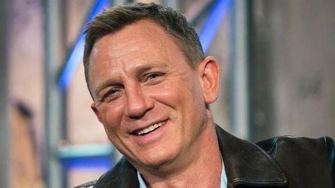 Daniel Craig, viermaliger James-Bond-Darsteller, grinst in die Kamera