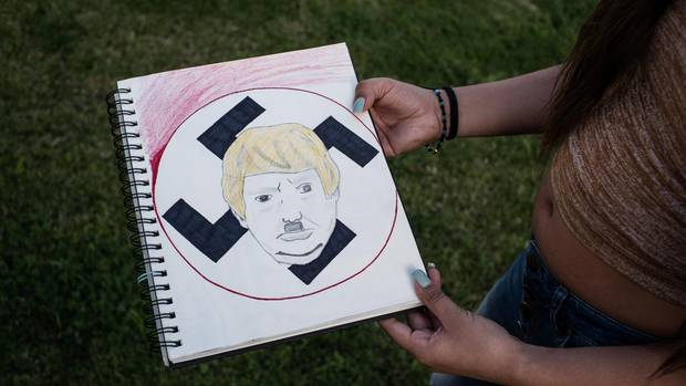 Lupita Trump als Hitler