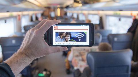 Über das WLAN des ICE gelangen Fahrgäste der Deutschen Bahn zum neuen Unterhaltungsangebot von Maxdome