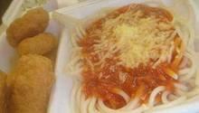 McDonald's McSpaghetti  In den 1970er Jahren machte die Burgerkette auf Italiener: der McSpaghetti war geboren. In den USA kam dieses Gericht nicht an, aber manch internationales McDonald's Restaurant hat es immer noch auf dem Menü.