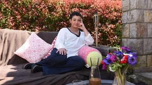 Marlene Tackenberg in ihrem Garten in Mouans Sartoux nördlich von Cannes