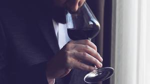 Weintrinken ist besser fürs Gehirn als das Lösen von Matherätseln