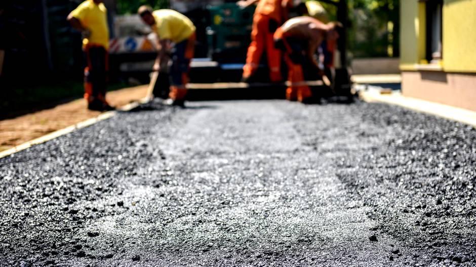 Straßenbau: So bitten Gemeinden Anwohner zur Kasse | STERN.de