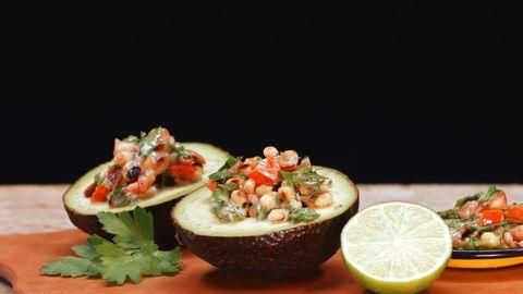 """Gefährliche Frucht: Englischer Arzt warnt vor der """"Avocado-Hand"""""""