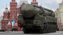 Eine strategische russische Atomrakete vom Typ Topol-M. Sowohl die USA als auch Russland entwickeln neue Atomwaffen.