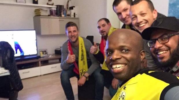 Tolle Geste: Nach der Absage des Champions-League-Spiels gestern Abend haben viele BVB-Fans den Gästen aus Monaco Schlafplätze angeboten.