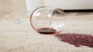 Umgekipptes Weinglas