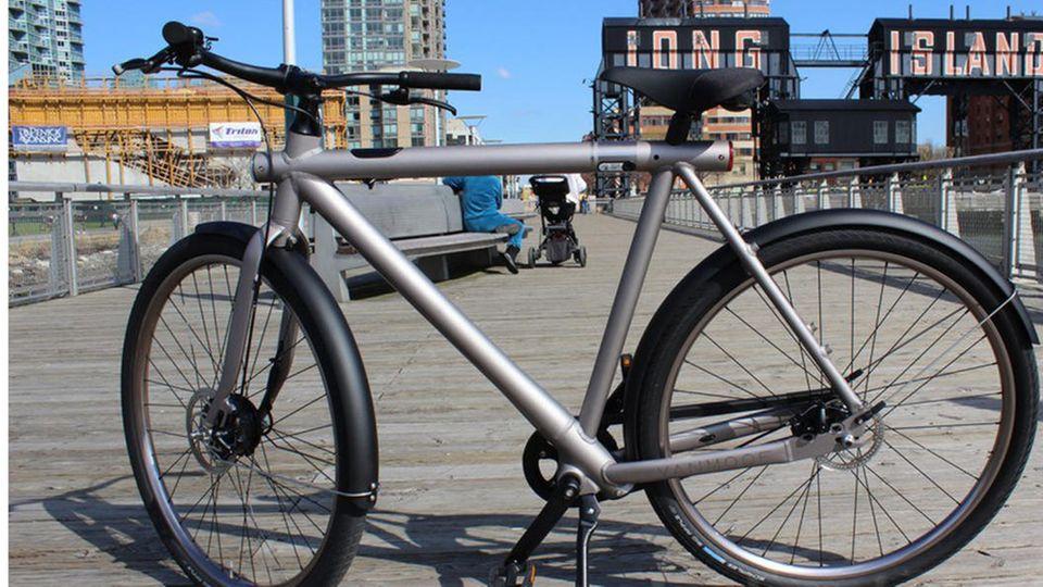 VanMoof Elictrifed S - Trenoli Attiva: E-Bikes im Vergleich - Design-Stück gegen Praktiker