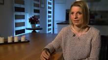 Andrea Dahm (37) verlor - vermutlich durch eine Fruchtwasser-Embolie - nach der Geburt ihrer zweiten Tochter beide Hände und beide Füße.