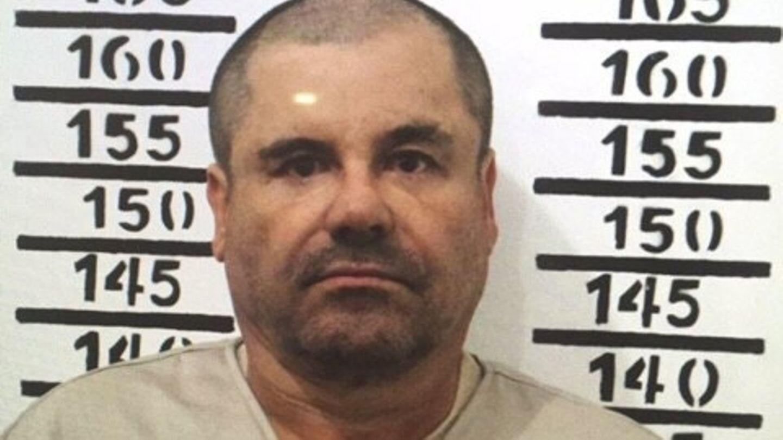 Drogenboss El Chapo, fotografiert mit einer Gefängnistafel, auf der seine Insassennummer notiert ist