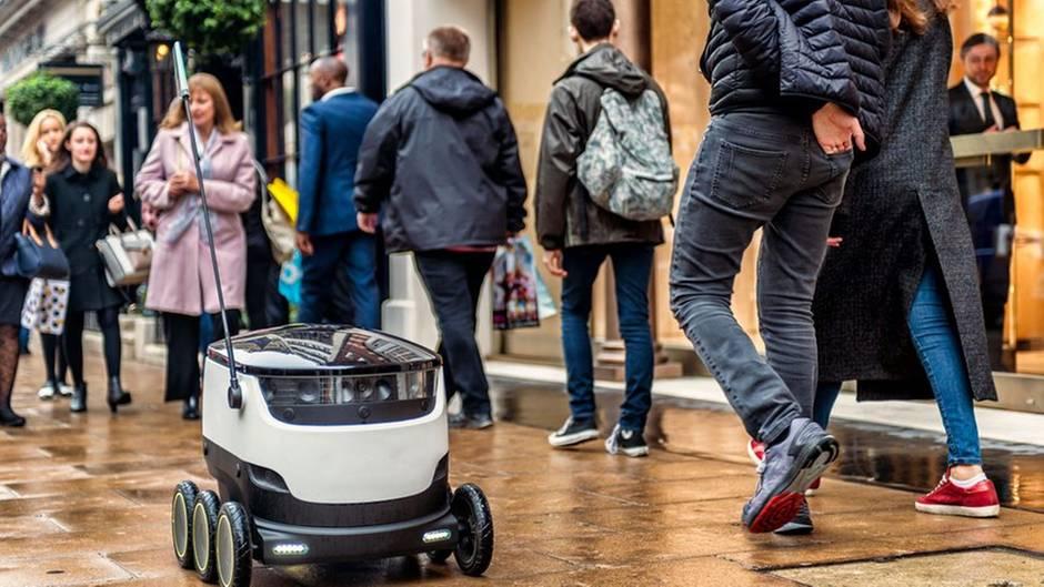Eine Roboter ist kein Problem, aber wie sieht es aus wenn dutzende von Maschinen ihren Weg suchen?