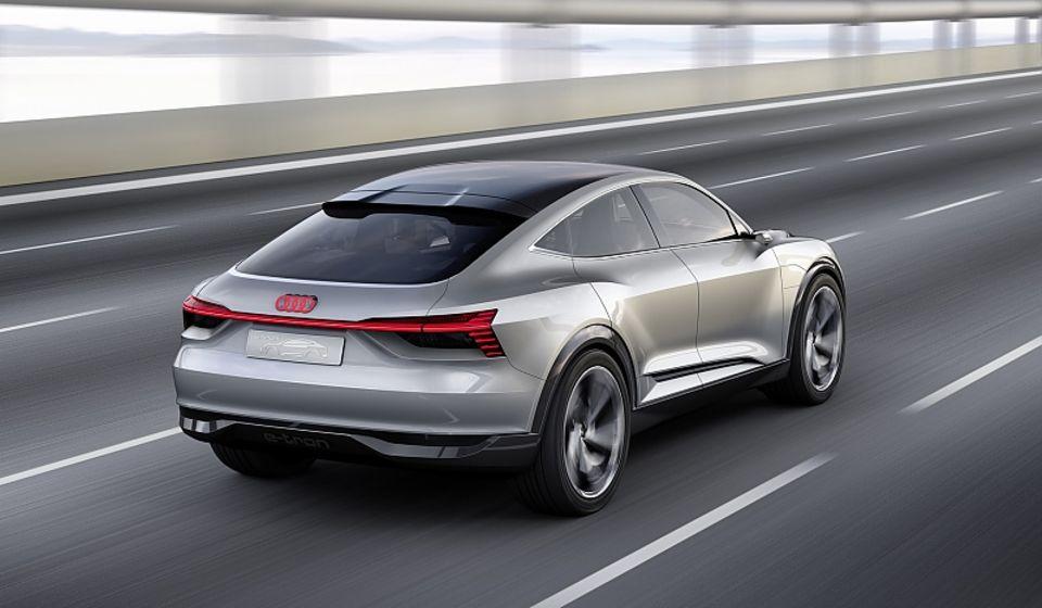 Das Audi e-tron Sportback Concept ist sehr nahe am Serienmodell