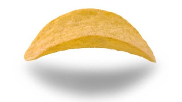 Wenn Sie das volle Aroma haben wollen, sollten Sie den Chip mit der gewölbten Seite nach oben in den Mund stecken
