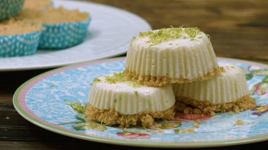 Limetten Muffins angerichtet
