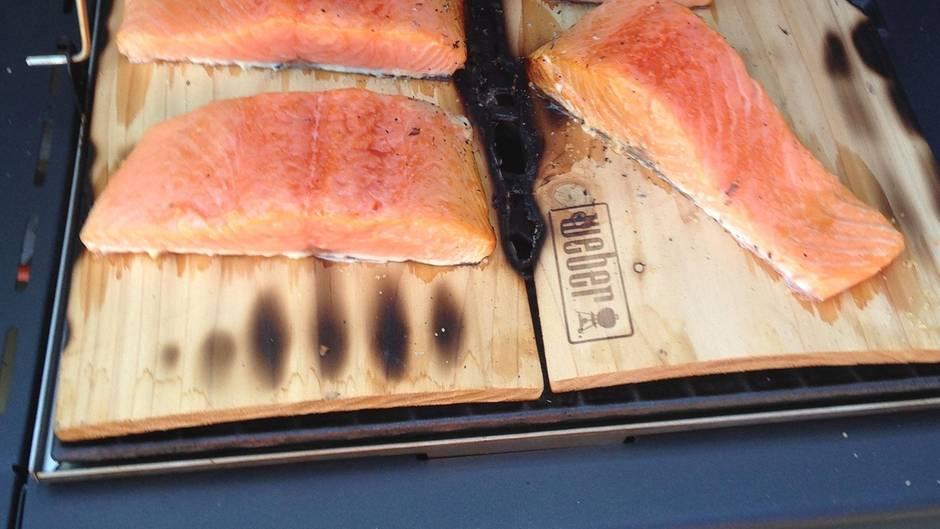 Outdoorküche Klein Verletzt : Grillzubehör für die outdoorküche stern